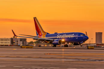 N205WN - Southwest Airlines Boeing 737-700