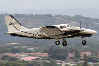 TI-BEL - Private Piper PA-34 Seneca