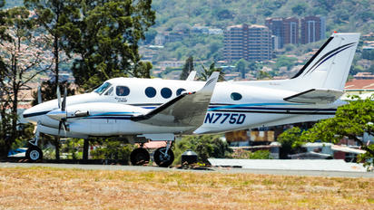 N775D - Private Beechcraft 90 King Air