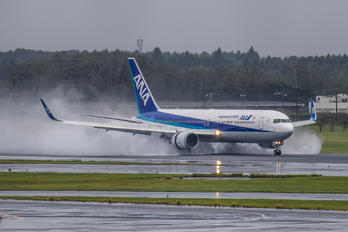 JA622A - ANA - All Nippon Airways Boeing 767-300ER