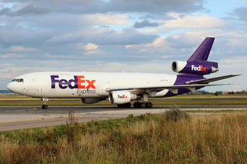 N318FE - FedEx Federal Express McDonnell Douglas MD-10-30F