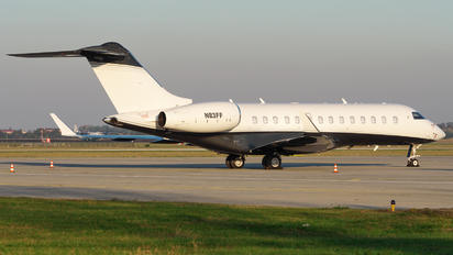 N83FF - Private Bombardier BD-700 Global 5000