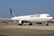 N658UA - United Airlines Boeing 767-300ER aircraft
