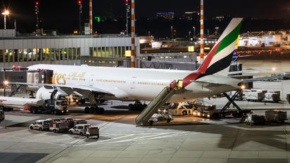 A6-END - Emirates Airlines Boeing 777-300ER