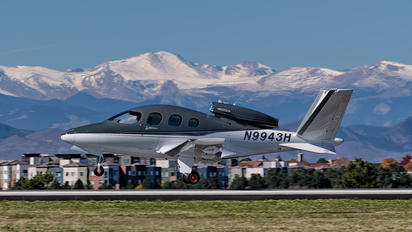 N9943H - Private Cirrus Vision SF50