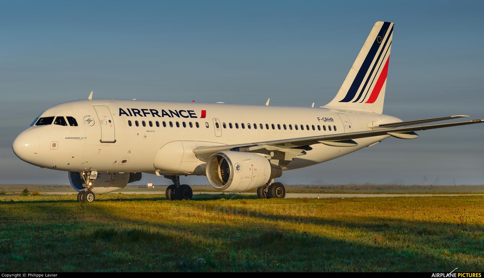 Air France F-GRHR aircraft at Paris - Charles de Gaulle