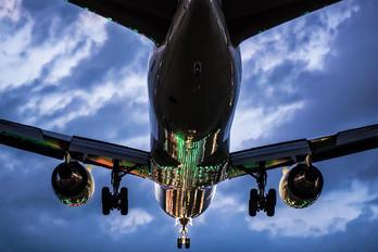 - - JAL - Japan Airlines Boeing 767-300ER