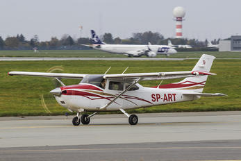 WAW - Silvair Cessna 182 Skylane (all models except RG)