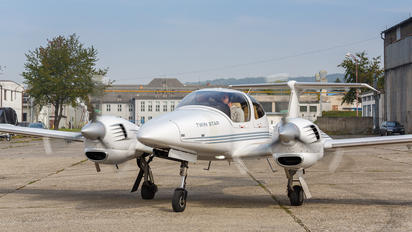OM-GST - Seagle Air Diamond DA 42 Twin Star