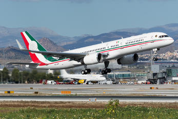 TP-01 - Mexico - Air Force Boeing 757-200WL