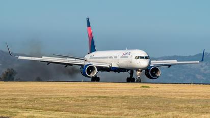 N627DL - Delta Air Lines Boeing 757-200