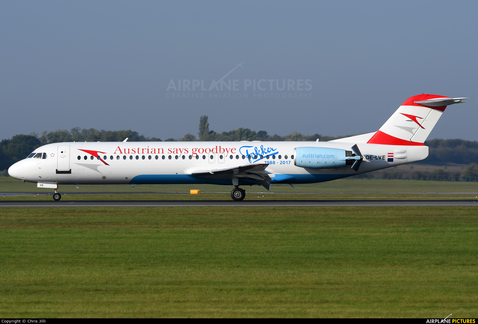 Austrian Airlines/Arrows/Tyrolean OE-LVE aircraft at Vienna - Schwechat