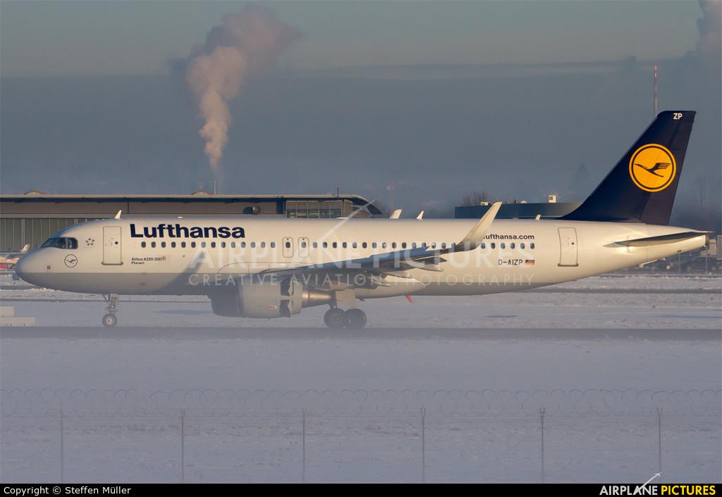 Lufthansa D-AIZP aircraft at Stuttgart