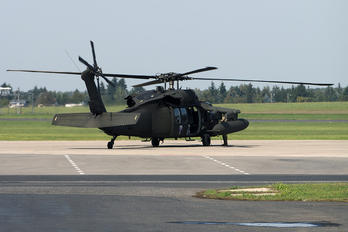 87-24584 - USA - Army Sikorsky UH-60A Black Hawk