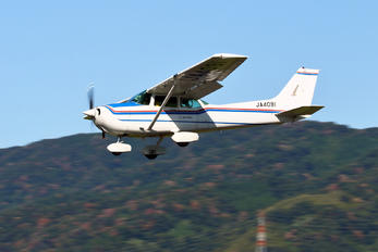 JA4091 - Private Cessna 172 Skyhawk (all models except RG)