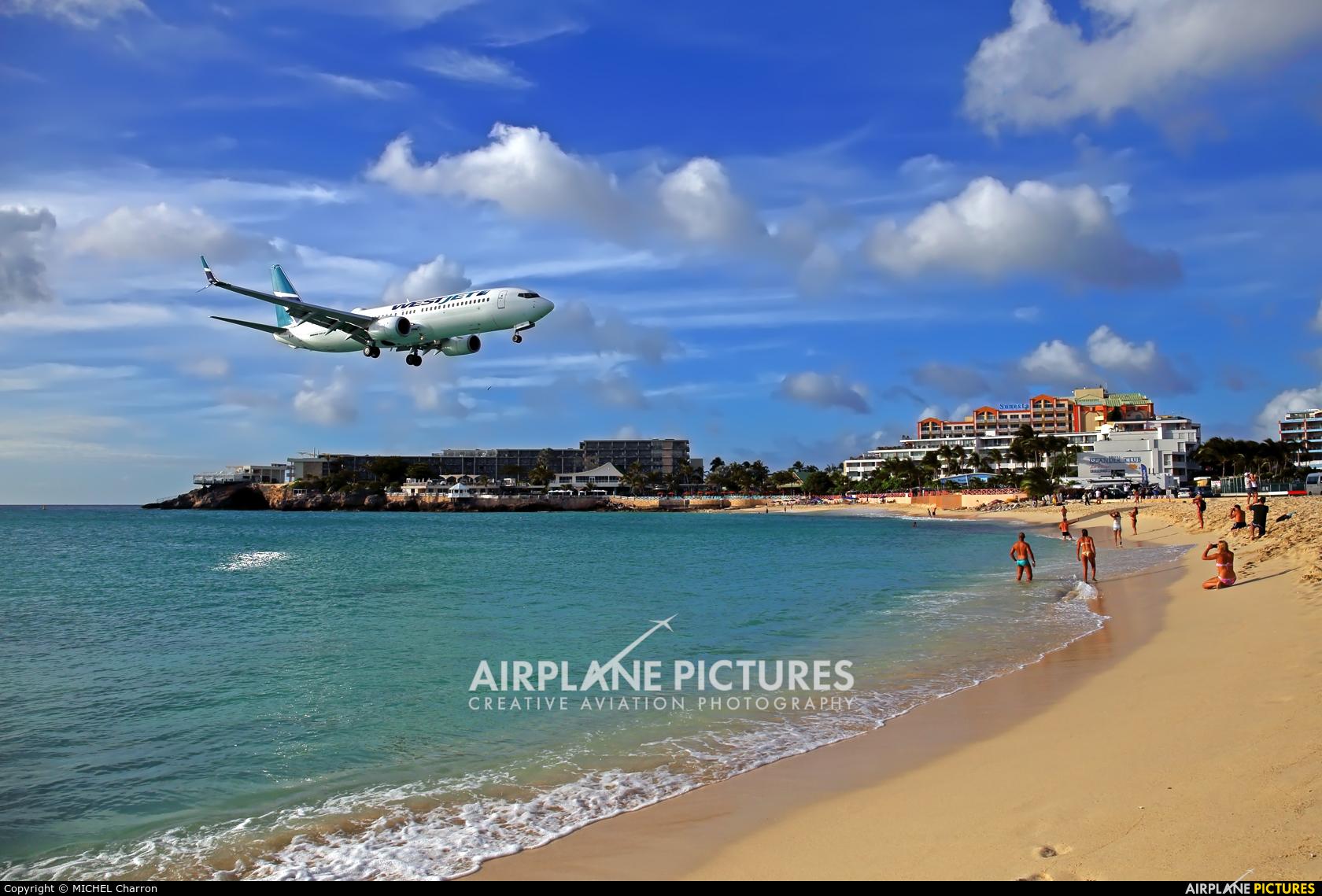 WestJet Airlines C-FUMF aircraft at Sint Maarten - Princess Juliana Intl