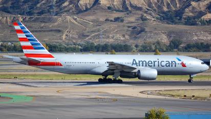 N784AN - American Airlines Boeing 777-200ER
