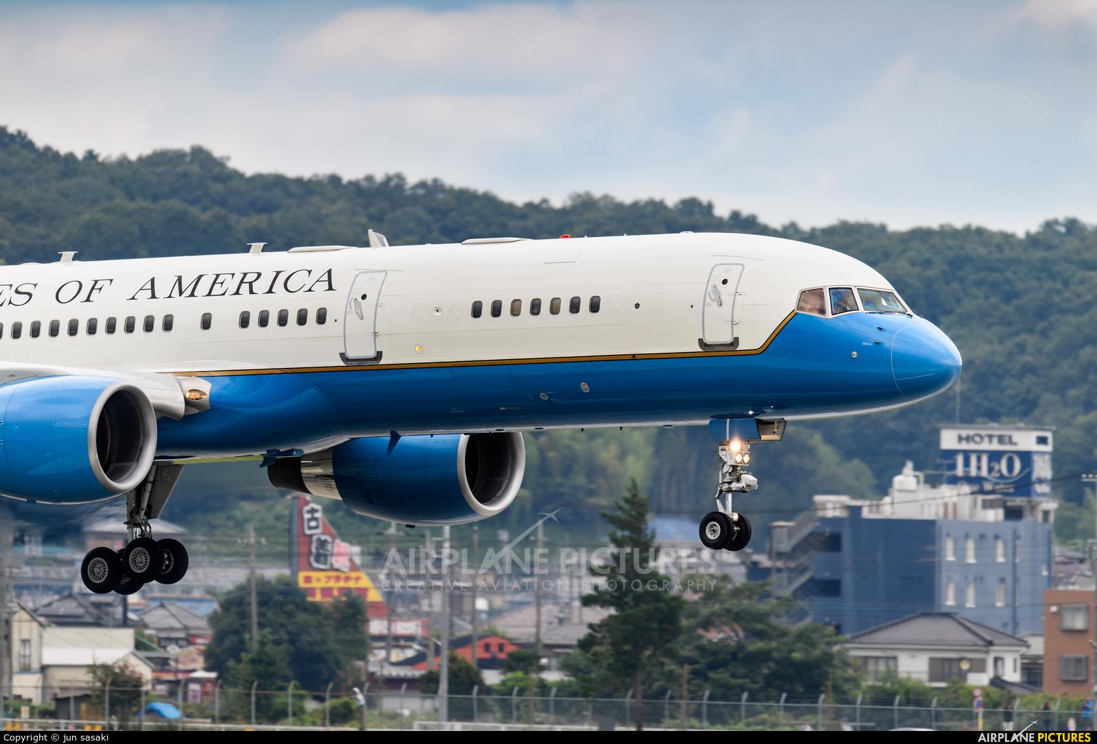 USA - Air Force 98-0002 aircraft at Yokota AB