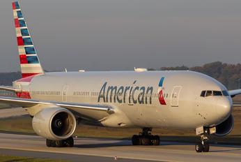 N773AN - American Airlines Boeing 777-200ER