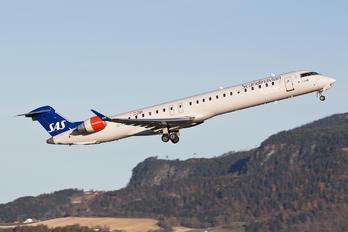 EI-FPM - SAS - Scandinavian Airlines (CityJet) Canadair CL-600 CRJ-900