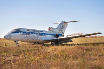 RA-87906 -  Yakovlev Yak-40