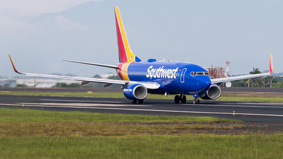 N7729 - Southwest Airlines Boeing 737-700