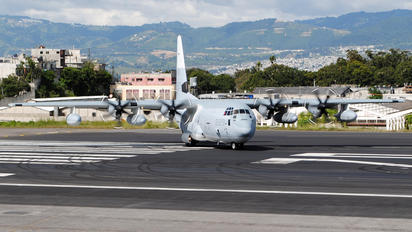 MGGT - USA - Marine Corps Lockheed C-130A Hercules