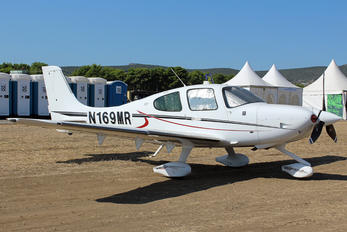 N169MR - Private Cirrus SR22T