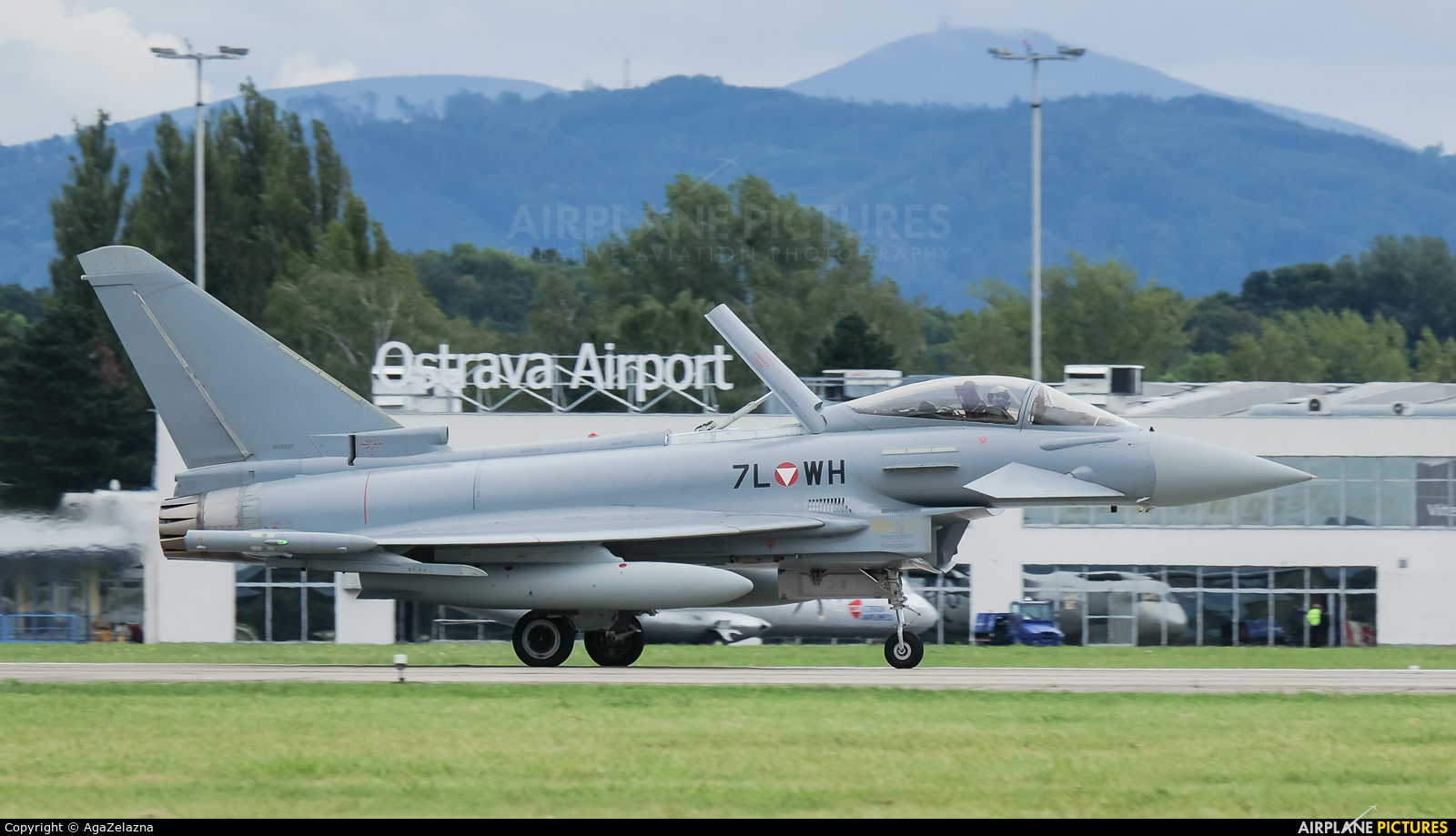 Austria - Air Force 7L-WH aircraft at Ostrava Mošnov
