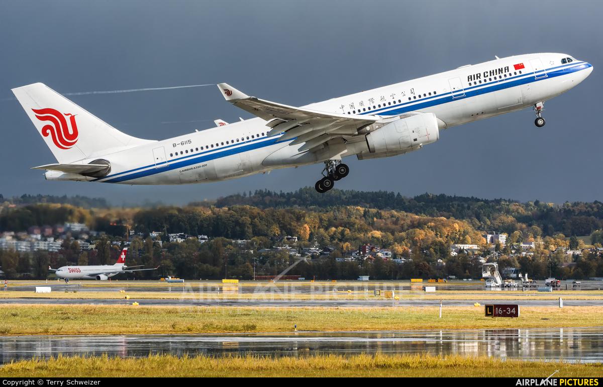 Air China B-6115 aircraft at Zurich