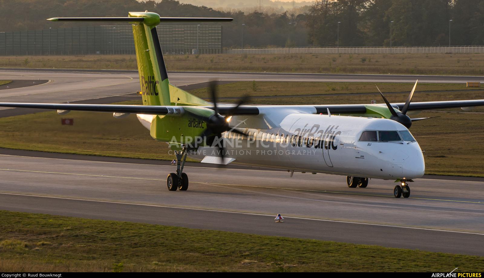 Air Baltic YL-BBU aircraft at Frankfurt