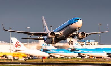 PH-BXV - KLM Boeing 737-800