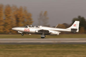 1615 - Poland - Air Force PZL TS-11 Iskra