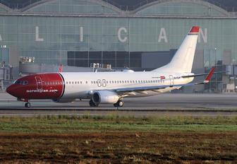 EI-FJM - Norwegian Air International Boeing 737-800