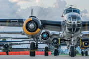 N282B - Private North American B-25H Mitchell aircraft