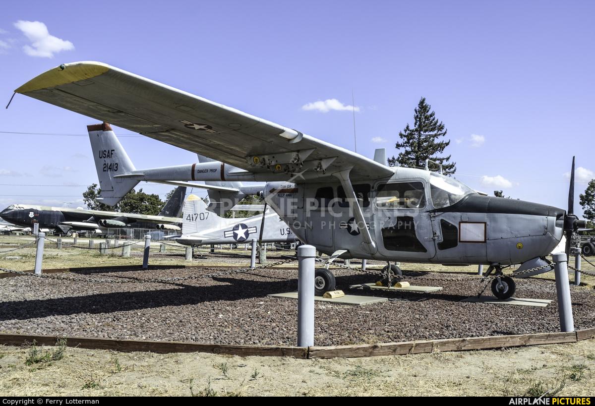 USA - Air Force 67-21413 aircraft at Castle