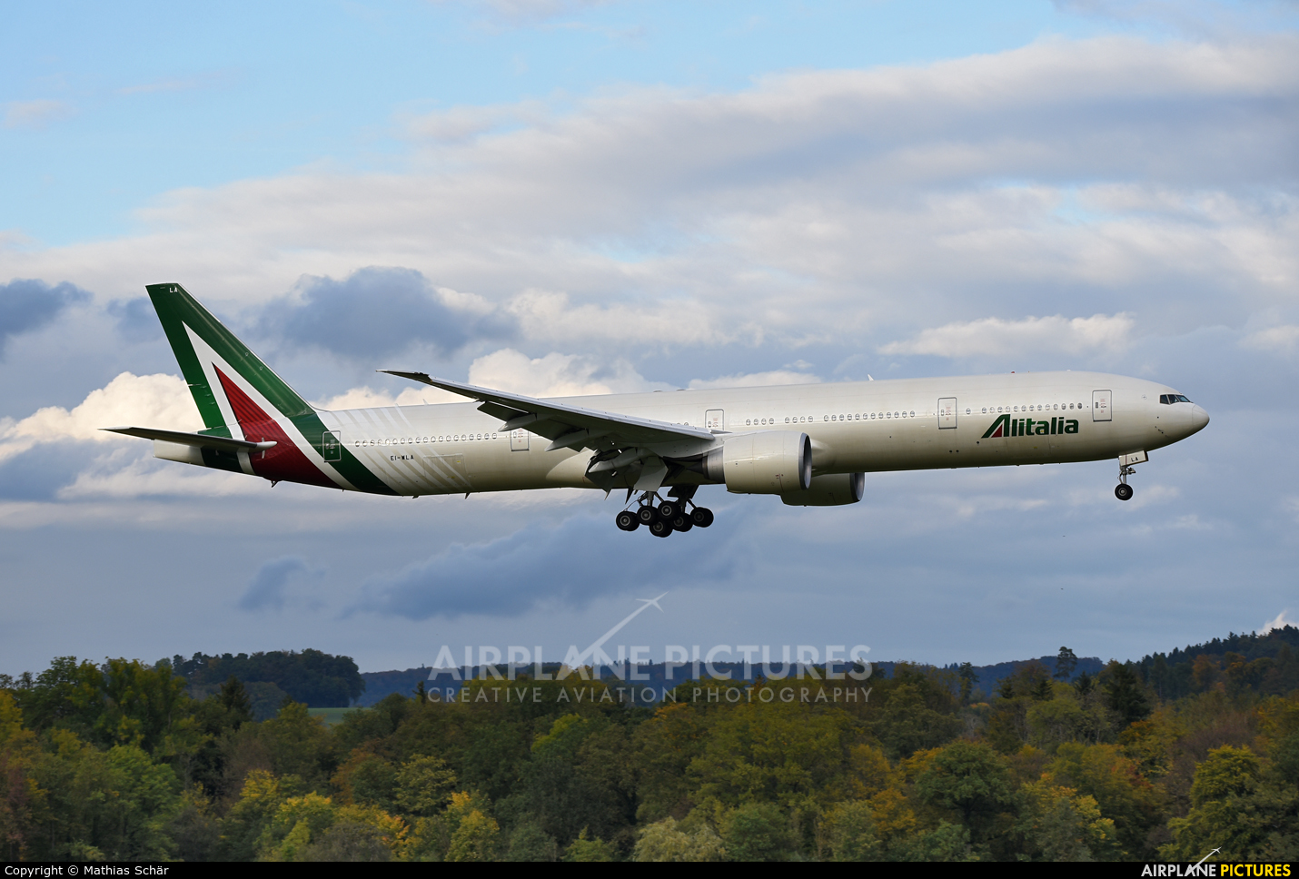 Alitalia EI-WLA aircraft at Zurich