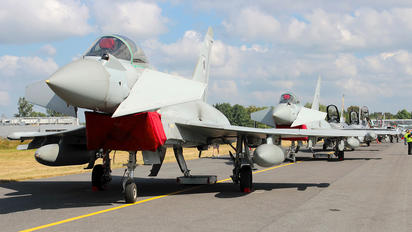ZJ923 - Royal Air Force Eurofighter Typhoon FGR.4