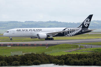 ZK-NZL - Air New Zealand Boeing 787-9 Dreamliner