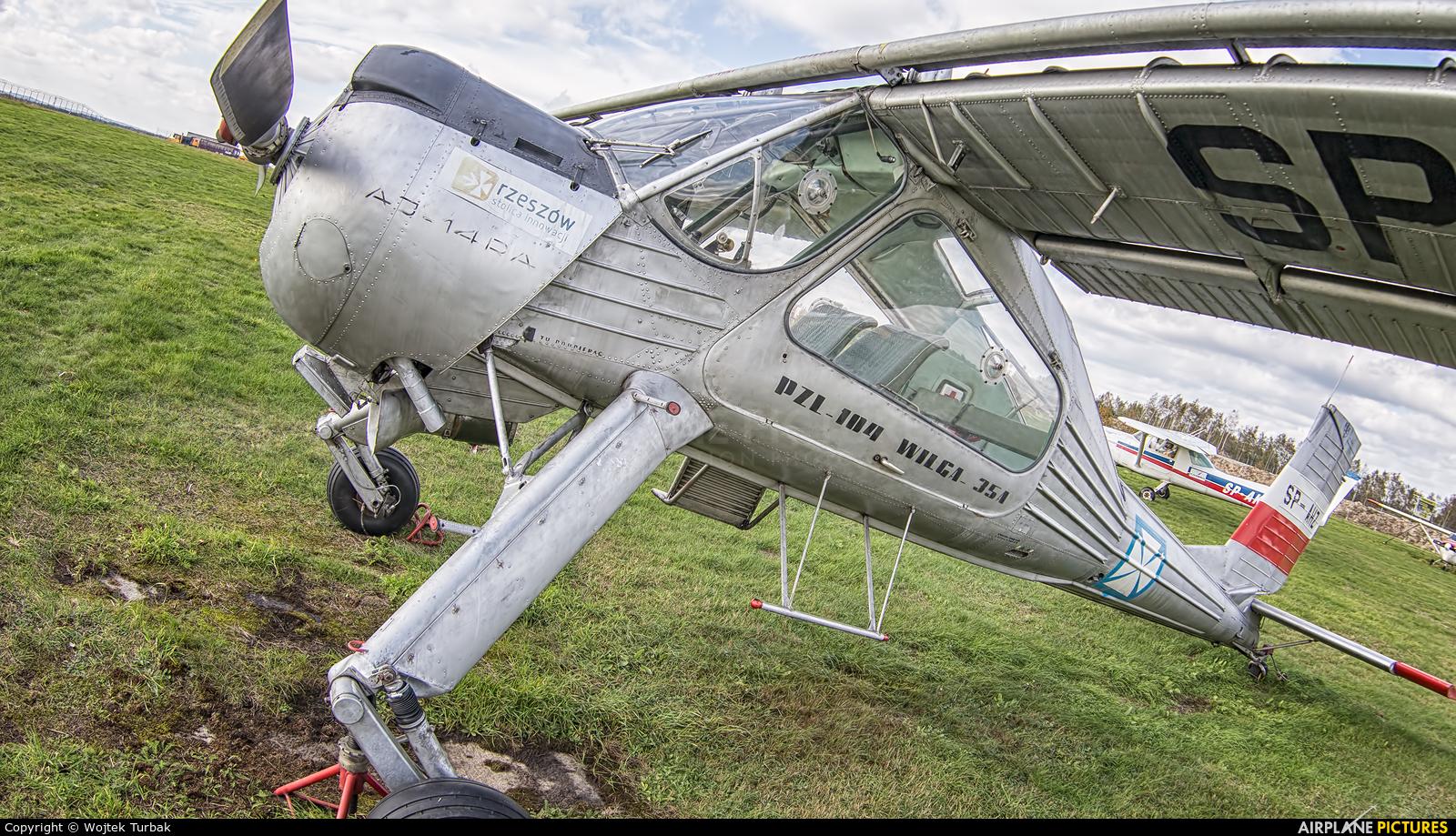 Aeroklub Rzeszowski SP-AHZ aircraft at Rzeszów-Jasionka