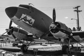 43-15977 - USA - Air Force Douglas C-47D Skytrain