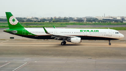 B-16221 - Eva Air Airbus A321