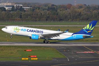 F-HHUB - Air Caraibes Airbus A330-200