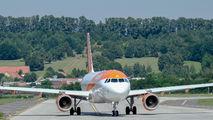 G-EZRI - easyJet Airbus A320 aircraft