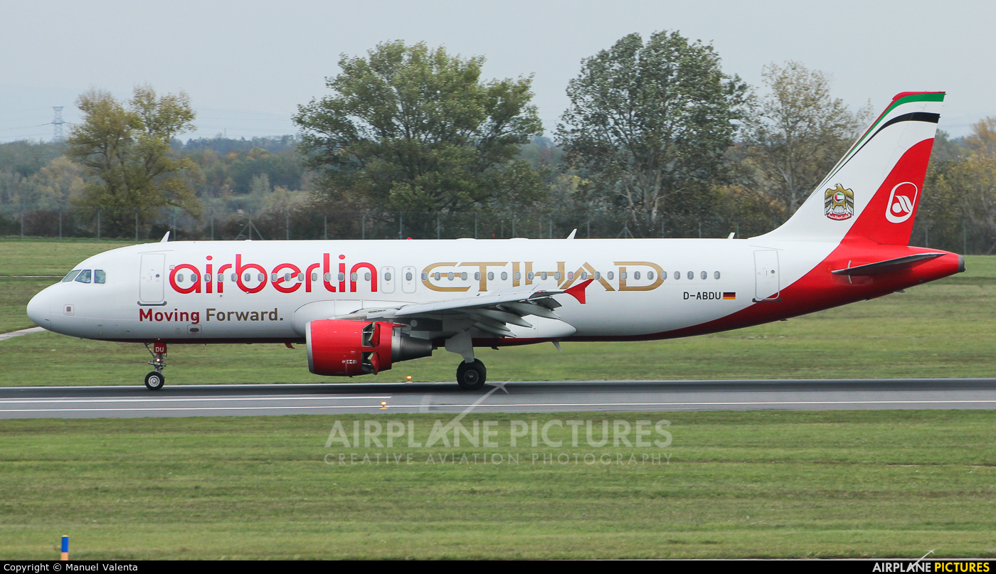 Air Berlin D-ABDU aircraft at Vienna - Schwechat
