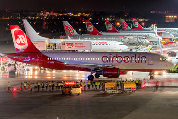 D-ABNW - Air Berlin Airbus A320