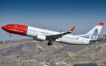 EI-FJW - Norwegian Air International Boeing 737-86J