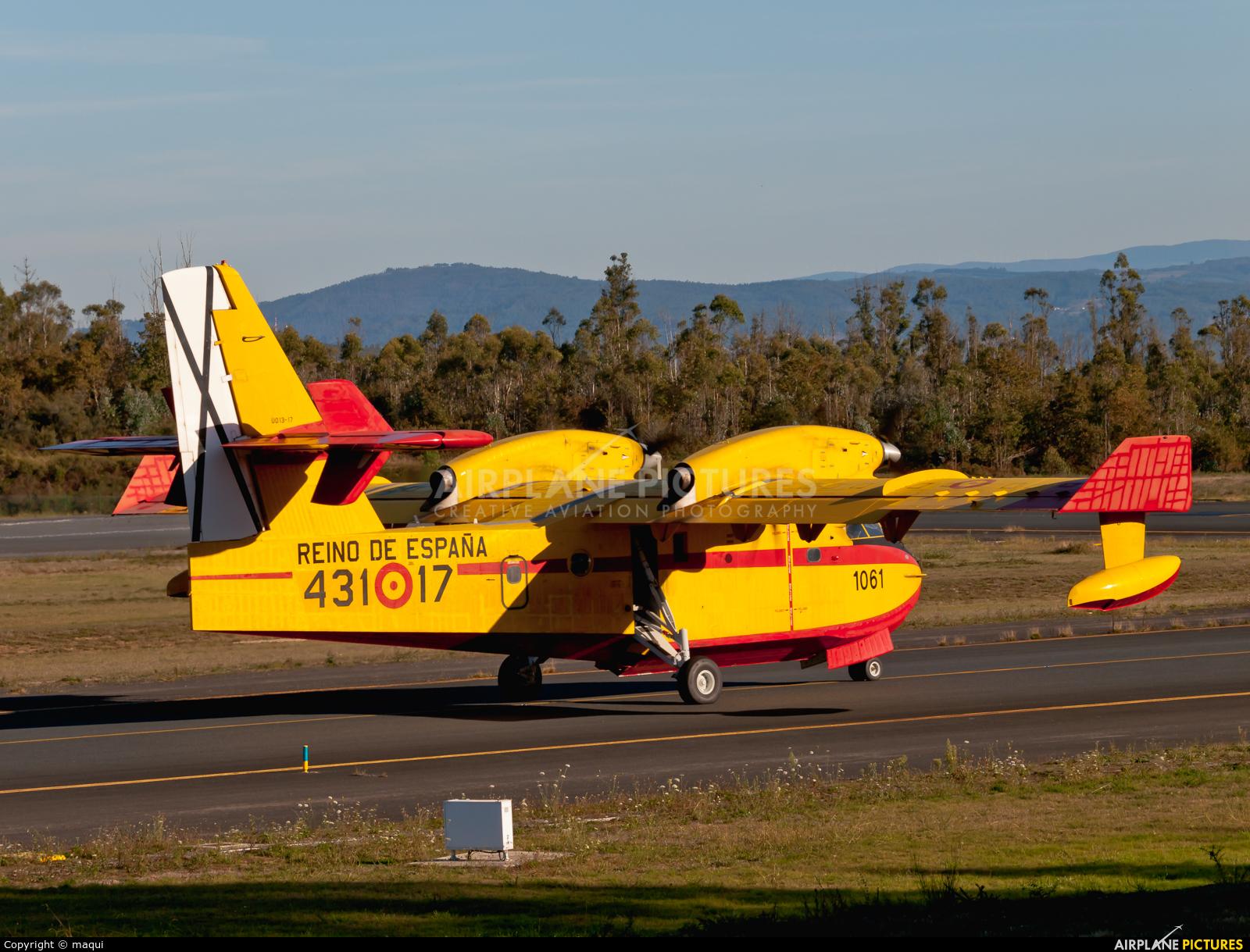 Spain - Air Force UD.13-17 aircraft at Santiago de Compostela