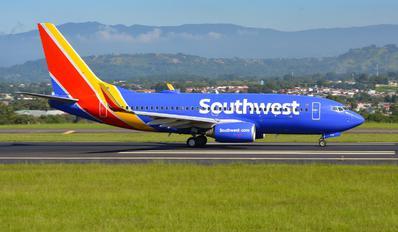 N7711N - Southwest Airlines Boeing 737-700