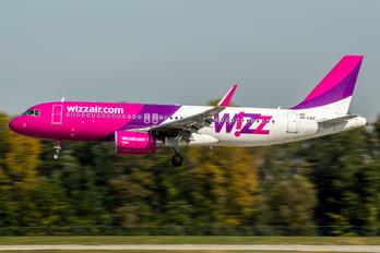 HA-LWZ - Wizz Air Airbus A320